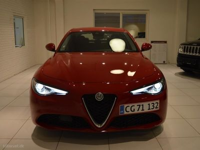 used Alfa Romeo Giulia 2,0 Turbo Edizione 200HK 8g Aut.