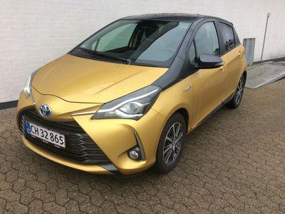 brugt Toyota Yaris 1,5 B/EL H3 Y20 E-CVT 100HK 5d Trinl. Gear A+++