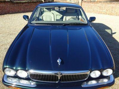 brugt Jaguar XJ8 3,2