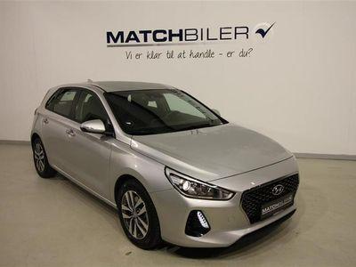 brugt Hyundai i30 1,6 CRDi Trend 110HK 5d 6g