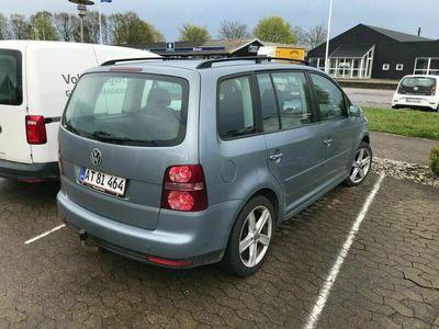 brugt VW Touran 2,0 TDi 140 Trendline 7prs