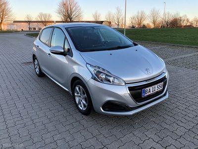 usata Peugeot 208 1,2 VTi Envy Plus 82HK 5d