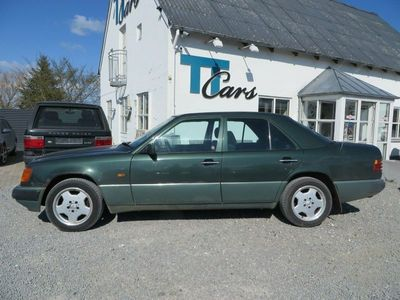 brugt Mercedes E300 3,0 Limousine aut.