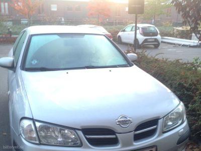 używany Nissan Almera 1,8 1,8