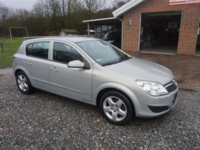 usata Opel Astra 6 Enjoy 115HK 5d