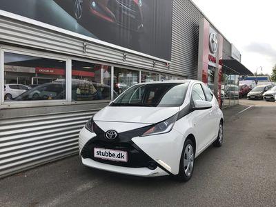 brugt Toyota Aygo 1,0 VVT-I X-Play + Touch 69HK 5d A++ Bliv ringet opSkriv til os