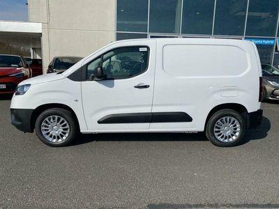 brugt Toyota Proace City Medium 1,2 Comfort Smart Active Vision 110HK Van 6g B