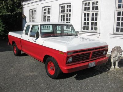 käytetty Ford Custom F-150 7,54x4