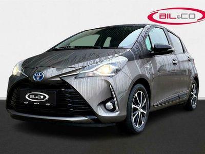 brugt Toyota Yaris Hybrid 1,5 Hybrid Premium Smart E-CVT 100HK 5d Trinl. Gear