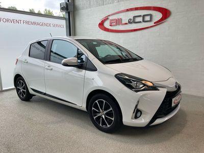 brugt Toyota Yaris Hybrid 1,5 Hybrid Premium E-CVT 100HK 5d Trinl. Gear