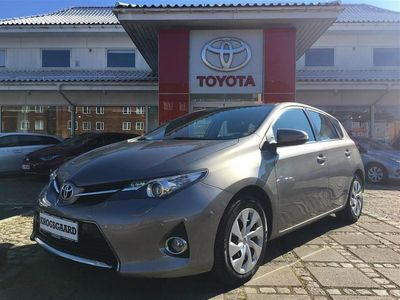 used Toyota Auris 1,6 Valvematic T2 132HK 5d 6g