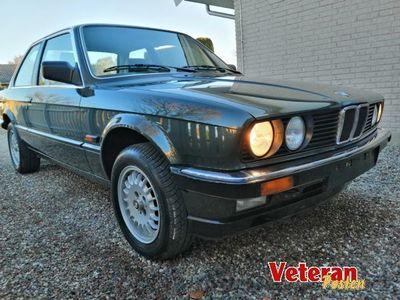 brugt BMW 323 i E30