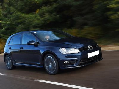 brugt VW Golf 1,0 BlueMotion TSI Style 115HK 5d 6g - Personbil - mørkblåmetal
