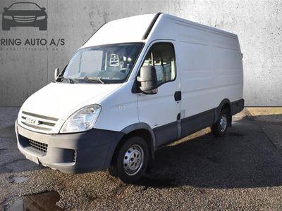 brugt Iveco Daily 35S14 12m3 2,3 D 136HK Van 6g - Varebil - hvid