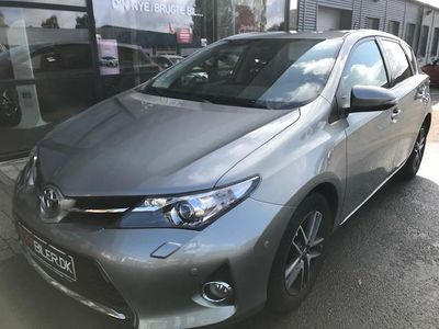 brugt Toyota Auris 1,6 Valvematic T2 Premium Comfort 132HK 5d 6g