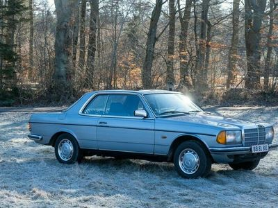 brugt Mercedes 200 300 (W123) 230 CE Coupe
