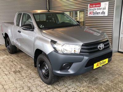 gebraucht Toyota HiLux Extra Cab 2,5 D-4D T2 4x4 144HK Pick-Up 6g