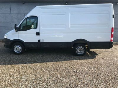brugt Iveco Daily 2,3 35S13 12m³ Van AG