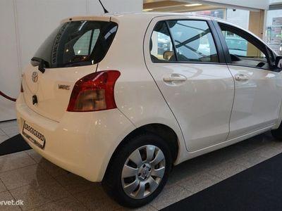 brugt Toyota Yaris 1,0 VVT-I Linea Luna 69HK 5d