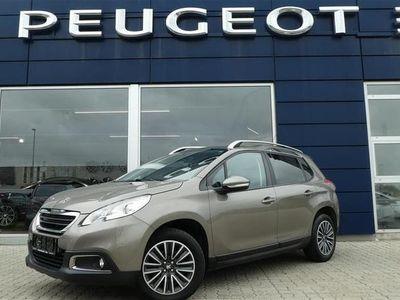 begagnad Peugeot 2008 1,2 VTi Active Sky 82HK