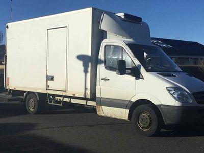 brugt Mercedes Sprinter 319 3,0 Køke/varme kassebil med lift