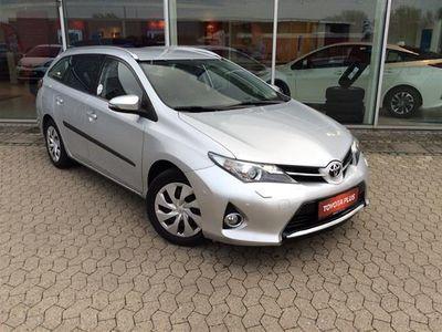 usado Toyota Auris 1,6 Valvematic T2+ 132HK Stc 6g