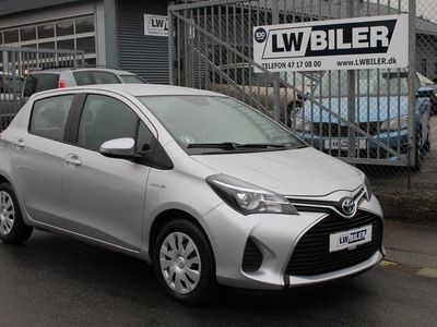 käytetty Toyota Yaris Hybrid 1,5 Hybrid CVT