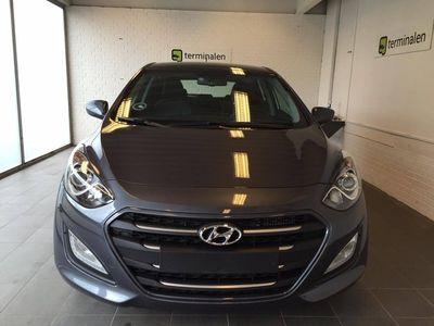 brugt Hyundai i30 CRDi 110 Premium DCT