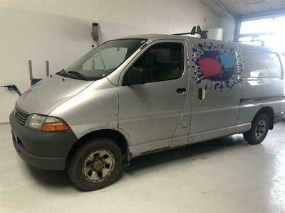 brugt Toyota HiAce Lang 2,5 D-4D Komfort 4x4 102HK Van