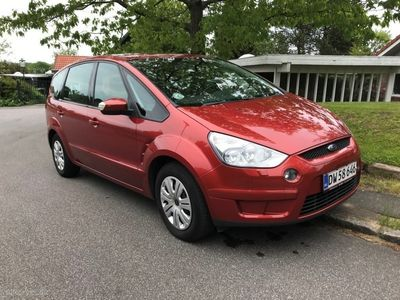 gebraucht Ford S-MAX 2,0 Trend 145HK