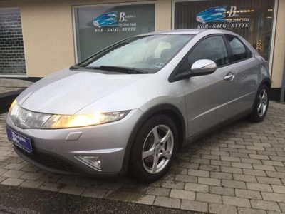 käytetty Honda Civic 1,8 Sport i-Shift