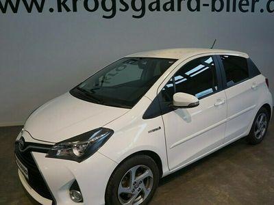 brugt Toyota Yaris Hybrid 1,5 Hybrid Vision Sport E-CVT 100HK 5d Trinl. Gear