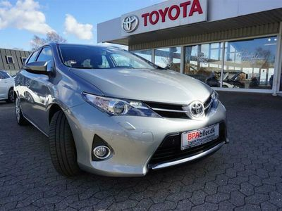brugt Toyota Auris 1,6 Valvematic T2+ 132HK Stc 6g B