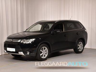 usado Mitsubishi Outlander 2,0 Intense 4WD CVT 150HK 5d Aut.