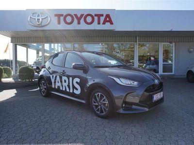 brugt Toyota Yaris 1,5 B/EL H3 Smart 116HK 5d Trinl. Gear