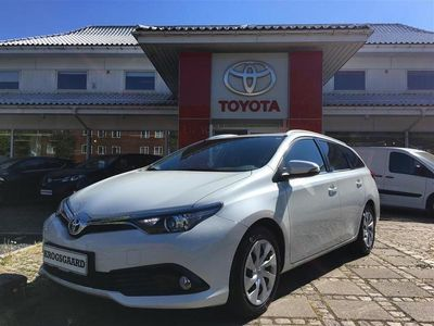 used Toyota Auris Touring Sports 1,6 D-4D T2 Comfort Safety Sense 112HK Stc 6g