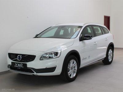 brugt Volvo V60 CC 2,0 D3 Plus 150HK Stc 8g Aut.