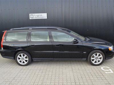 brugt Volvo V70 2,5 T Momentum 210HK Stc - Personbil - Sort