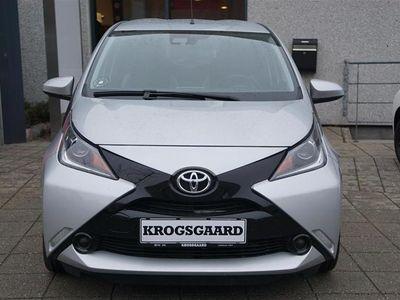 brugt Toyota Aygo 1,0 VVT-I X-Play + Touch Safety Sense 69HK 5d
