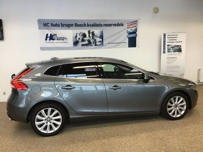 second-hand Volvo V40 2,0 D4 190 Momentum