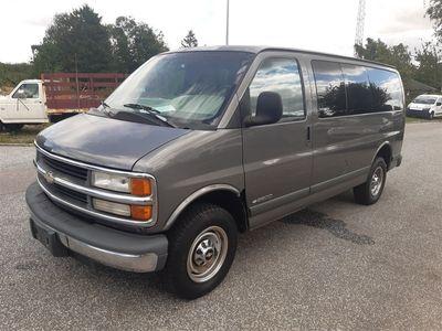brugt Chevrolet Express 2500 Van 7 pers V8