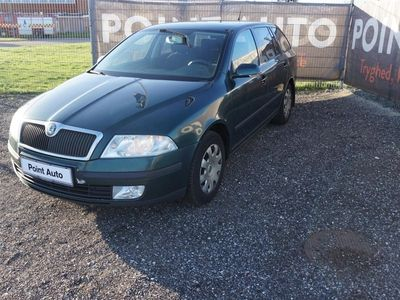second-hand Skoda Octavia Combi 2,0 TDI PD Ambiente 140HK Stc 6g