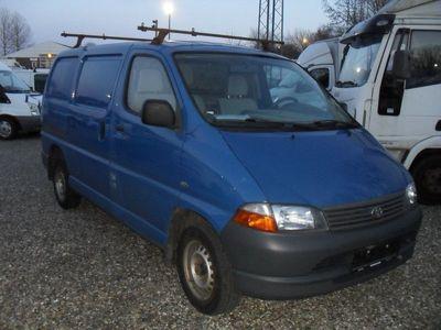 used Toyota HiAce 2,5 D-4D 88 kort Komf.