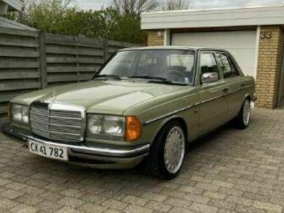 brugt Mercedes E230 W123
