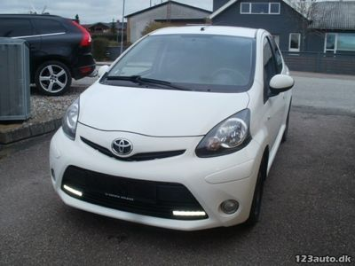 usata Toyota Aygo 1,0 VVT-i T2 Air Connect 5d