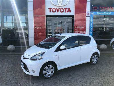 gebraucht Toyota Aygo 1,0 VVT-I T2 Air Connect 68HK 5d