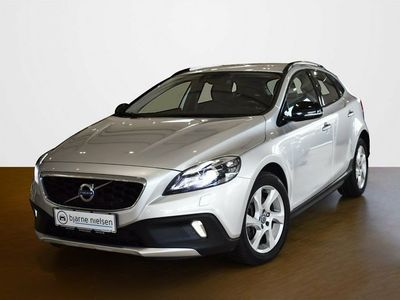used Volvo V40 CC 2,0 D2 120 Momentum