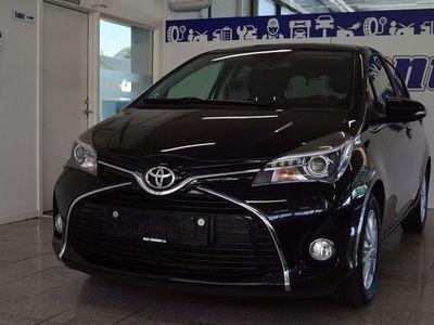 brugt Toyota Yaris 1,3 VVT-i Lounge Edition
