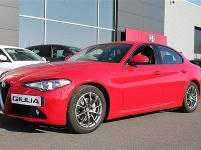 usado Alfa Romeo Giulia 2,0 Turbo Super 200HK 8g Aut.