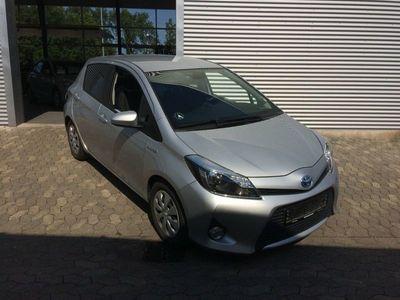 brugt Toyota Yaris Hybrid 1,5 Hybrid Style Touch CVT